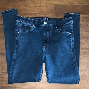 Abercrombie and Fitch Simone skinny jeans 30